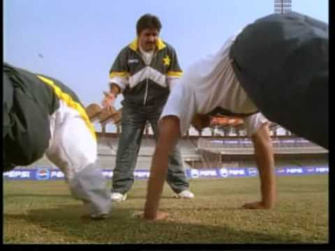 Funny ad pepsi feat  Miandad and Pak cricket team in hindi