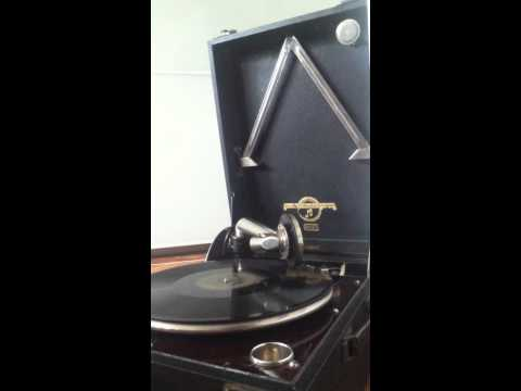 General Elektriks - Parker Street (full album FLAC vinyl 2011)de YouTube · Haute définition · Durée:  48 minutes 51 secondes · 14.000+ vues · Ajouté le 15.09.2015 · Ajouté par Ico gabco