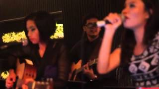 Amanda with Alia - Nobodys Business (Rihanna Cover) Live at A & Marlboro, ShyRooftop