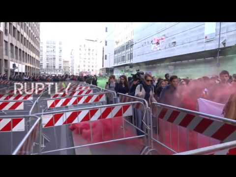 Italy: Hundreds of students protest education reforms in Milan