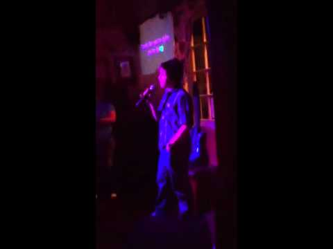 """Flint singing """"sex is on fire"""" - karaoke at pub!"""