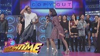 Video It's Showtime Copy-Cut: Anne asks Gerald Anderson 'Taga San Ka?' download MP3, 3GP, MP4, WEBM, AVI, FLV Agustus 2018