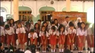 Yel-Yel MOS 2.0 SMPN 14 Surabaya