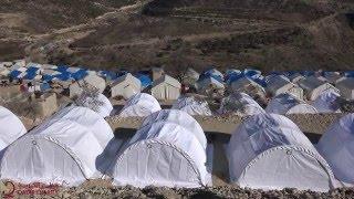 تقديم خيم للنازحين في ريف اللاذقية