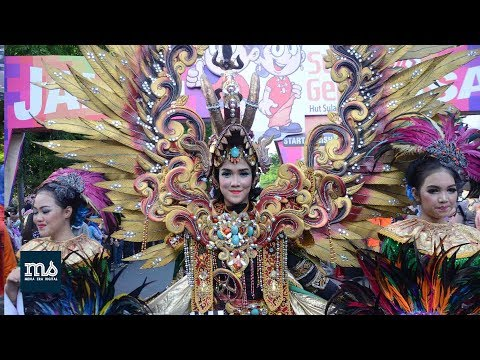 Fashion Carnaval Silk of South Sulawesi 2017