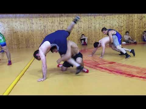 Батиров Адам - вольная борьба, г.Хасавюрт школа братьев Ирбайхановых 11августа 2017