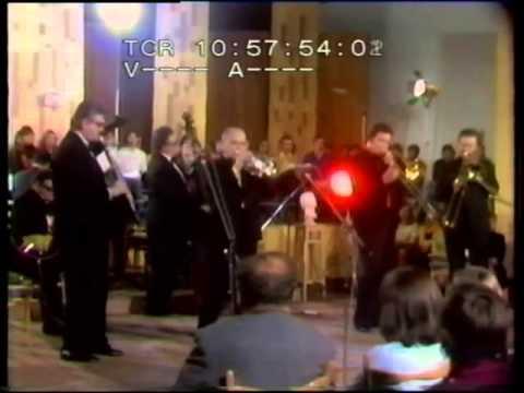 Pražský Dixieland - Washington and Lee Swing (1977) - YouTube