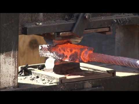 Forging a Damascus penknife blade