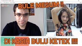 Download Video PRANK !!! CEWEK BULU KETEK DI OME TV #VIANITV MP3 3GP MP4
