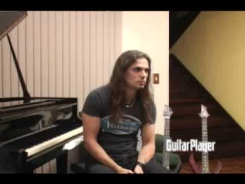 Kiko Loureiro - Entrevista COMPLETA Guitar Player Especial