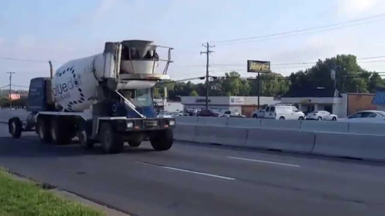 Bluedot Ready Mix Oshkosh Front Discharge Cement Truck
