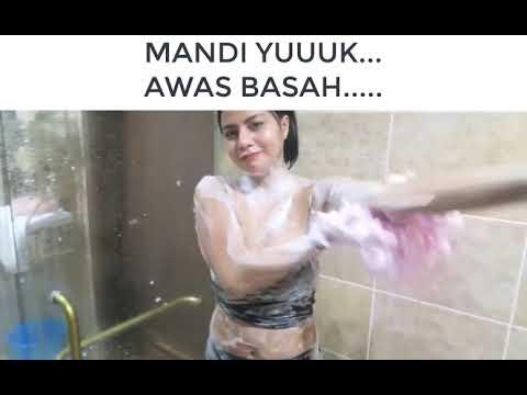 Download AWAS BASAH || Penampakan TISYA ERNI MANDI || Model Penyanyi Seksi Pemersatu Bangsa Hot BOKEH