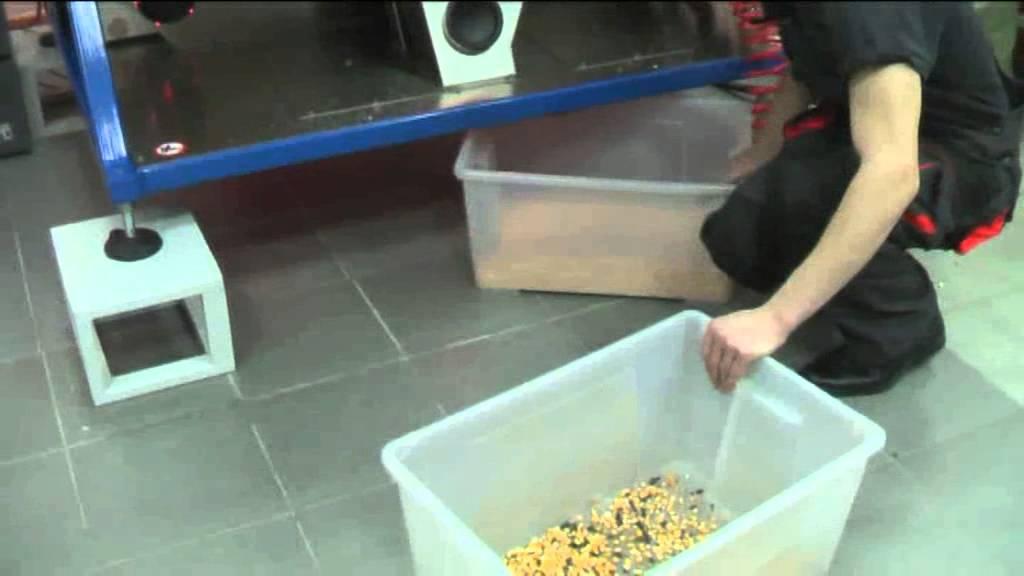 Очистка кукурузы на