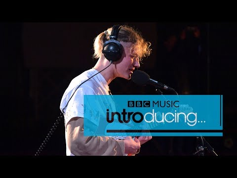 Yellow Days - Your Hand Holding Mine (BBC Introducing session)