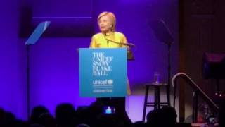 Hillary Clinton honoring Katy Perry at the UNICEF Snowflake Ball in NYC