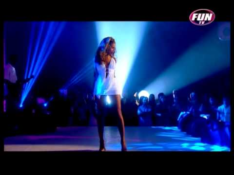 Beyoncé Live - Naughty Girl - Perfect HD!!+Lyrics