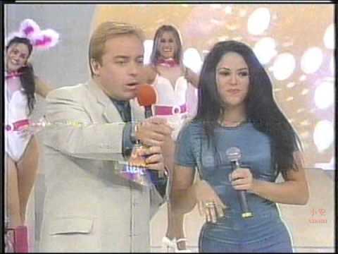 Shakira @ Domingo Legal (Live in Brazil 1997) Part1