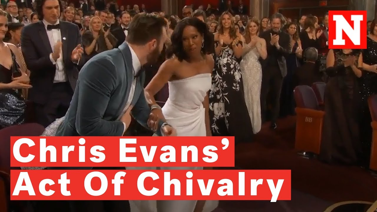Chris Evans Helps Regina King Onto Oscars 2019 Stage And ...