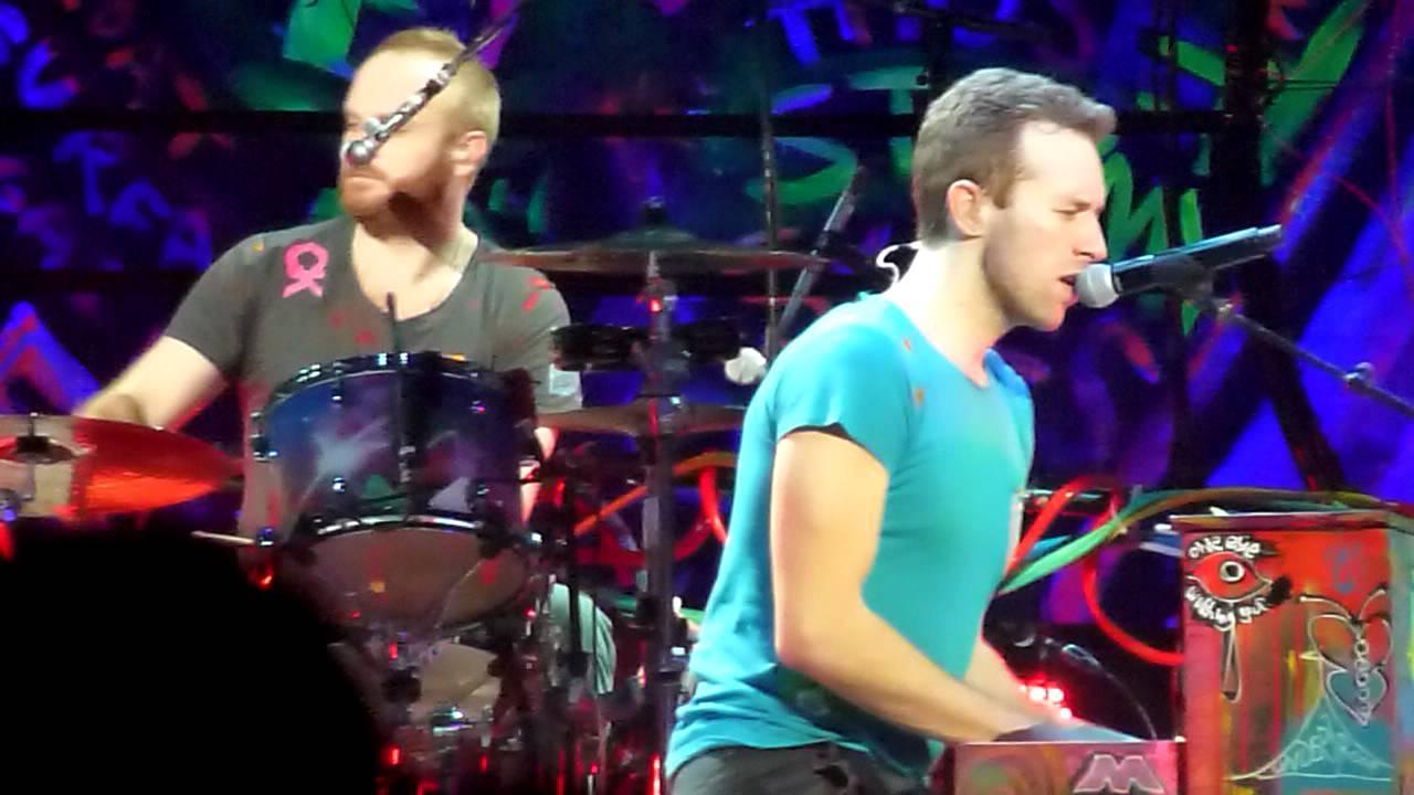 Download Christmas Lights - Coldplay  //  [LIVE] O2 World-Berlin - Germany - 21.12.2011