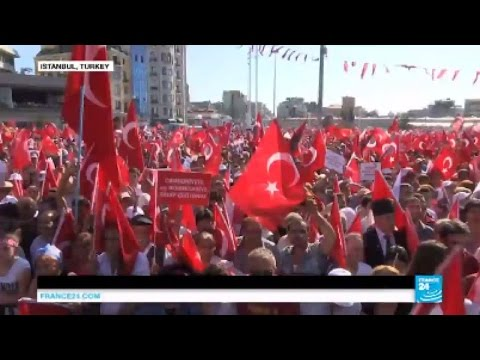 Turkey protest: thousands join cross-party rally against failed coup