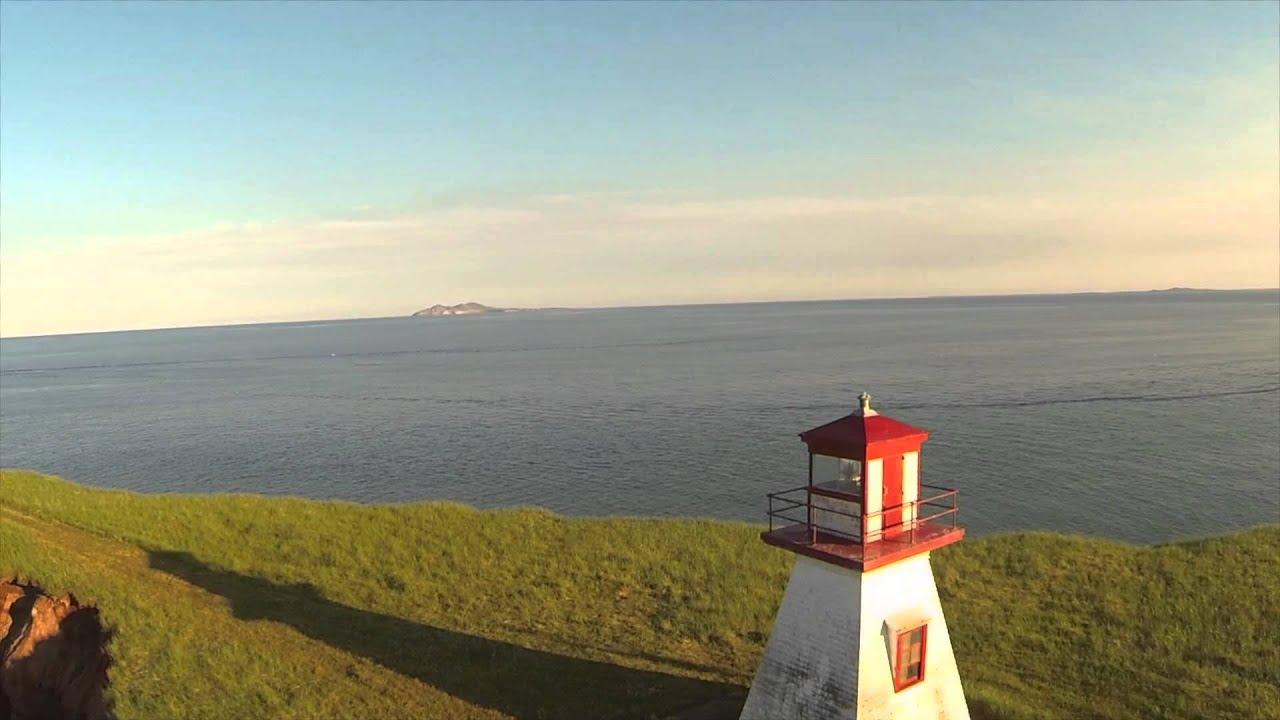Drone montr al les iles de la madeleine vues par l 39 oeil for Achat maison la madeleine