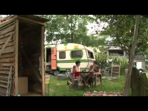 vivre dans une yourte youtube. Black Bedroom Furniture Sets. Home Design Ideas