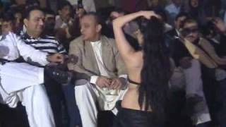 Repeat youtube video Mujra in VIP Style (PART 1)