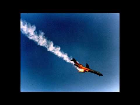 Really Realistic plane crash sound effect