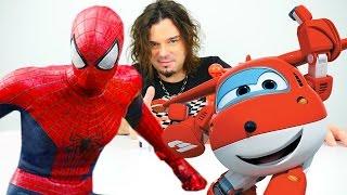 Türkçe izle - çizgi filmi oyuncaklarıyla çocuk oyunları/videoları. Asrın Spidermen'i kurtarıyor