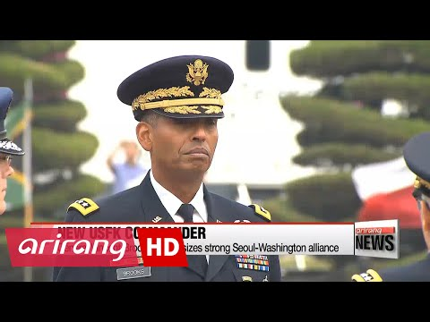 General Vincent Brooks takes command of U.S. Forces Korea as joint drills end