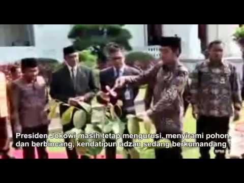 Raja Salman Tinggalkan Jokowi menyirami pohon, demi tunaikan shalat Dzuhur diawal waktu