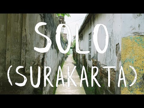 SOLO (SURAKARTA), JAVA, INDONESIA - LEARNING BATIK AND WANDERING ALLEYS -  VLOG#5