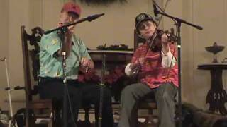"Fiddling Thomsons perform ""Huntsman"