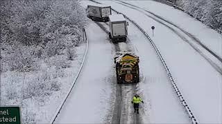 A41 Hemel Hempstead westbound 10 December 2017 - snow chaos