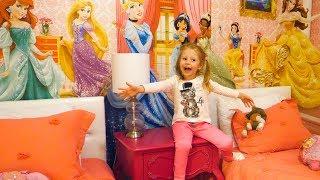 Рум Тур комнаты с принцессами Диснея и Звёздные Войны в Орландо Влог для детей от Лайк Настя