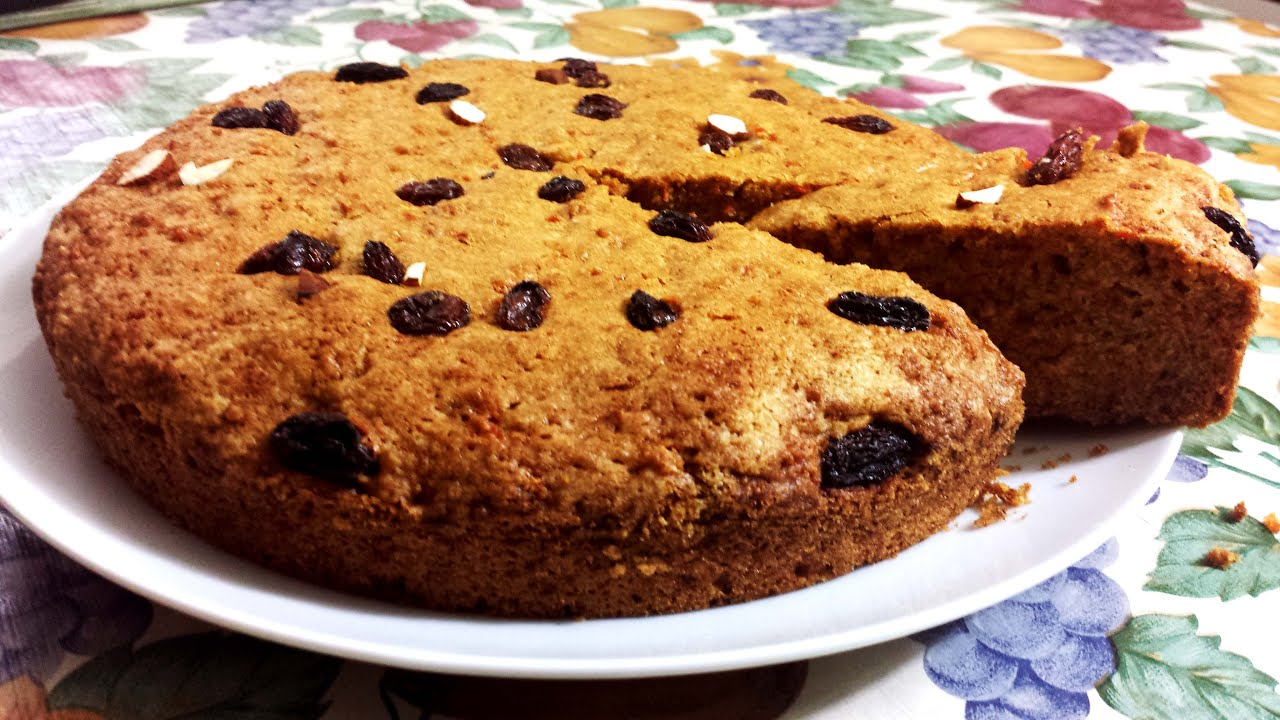 Carrot cake with Wheat flour No butter Healthier alternative
