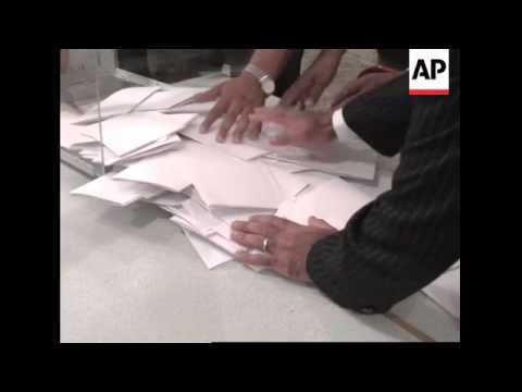 Polls close in elections expected to see gains for opposition Islamist party