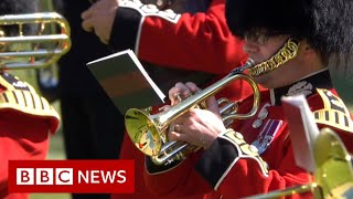Military bands pay tribute to Prince Philip - BBC News