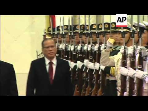 President Aquino meets Chinese leader Hu