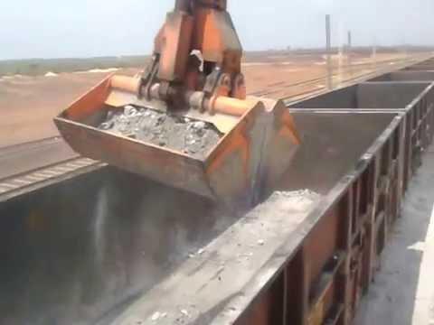 Sennebogen 835R  Railway Wagon unloading