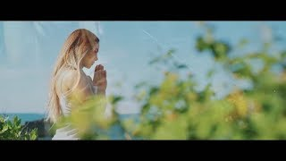 La Materialista - Cuando Oro (Video Oficial)