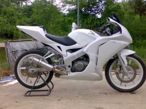 Cbr 125 Aseanmoto Gp Fairing 2009 Youtube
