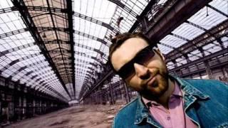 Marracash feat Dargen D'Amico e Rancore  - L'Albatro  +  Testo
