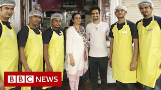 The mother and son feeding Mumbai's poor - BBC News