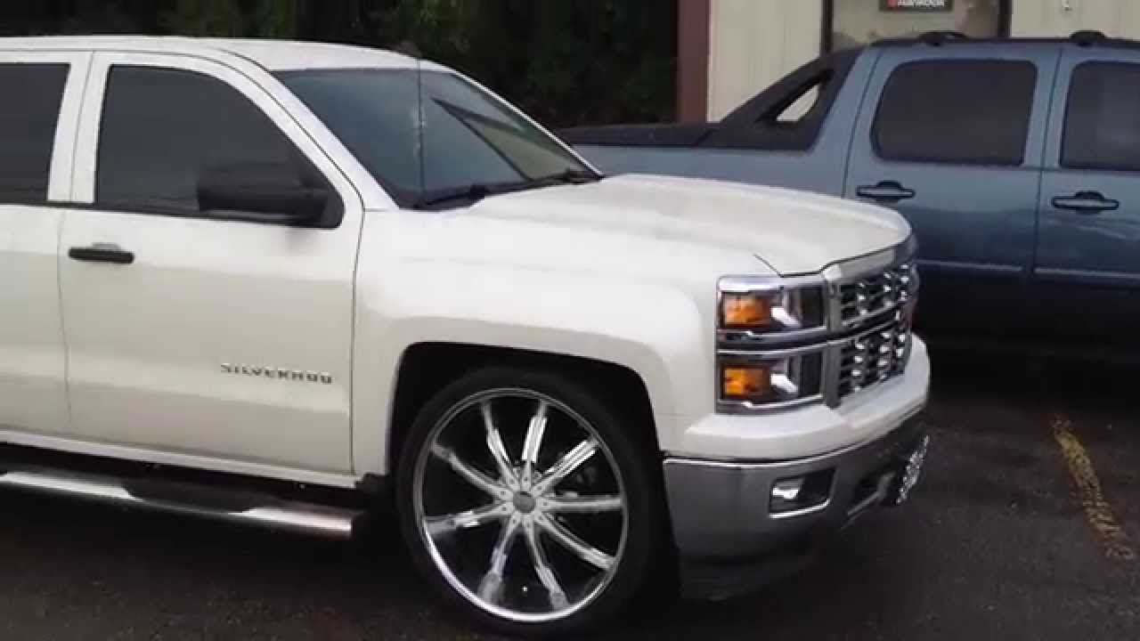 22 Inch Tires >> 2015 Chevy Truck 26 inch DCenti DW29 Wheels - YouTube