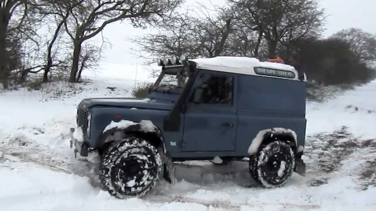 Defender 90 In Snow Youtube