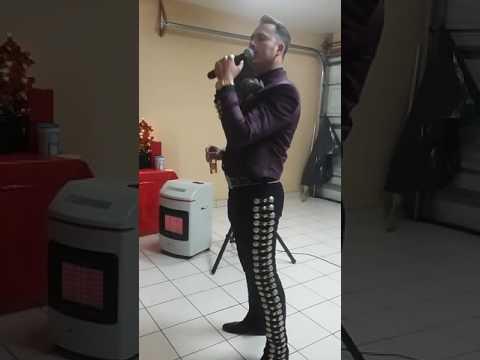 CESAR FELIX EXCELENTE CANTANTE