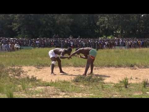 Dance et Lutte Traditionnelle Kara Togo