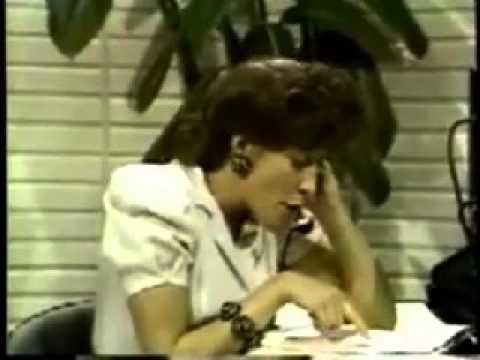 "Hilarious Lily Tomlin: ""Mr. Veedul, this is the Phone Company calling!"" (snort! snort!)"