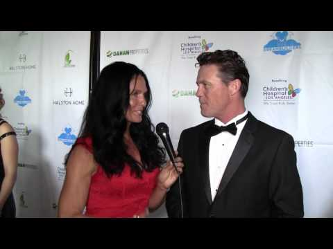 Traci Lynn Cowan with Actor Brian Krause from Charmed at Dreambuilder's Event.